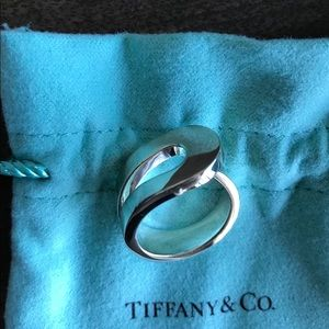 Tiffany & Co. Sterling Silver Loop Ring 6.5